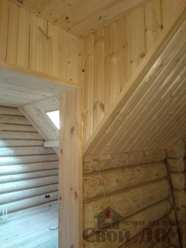 Установка окон с окосячкой проемов в доме из бревна в Красное на Волге д. Русиново. Фото 5