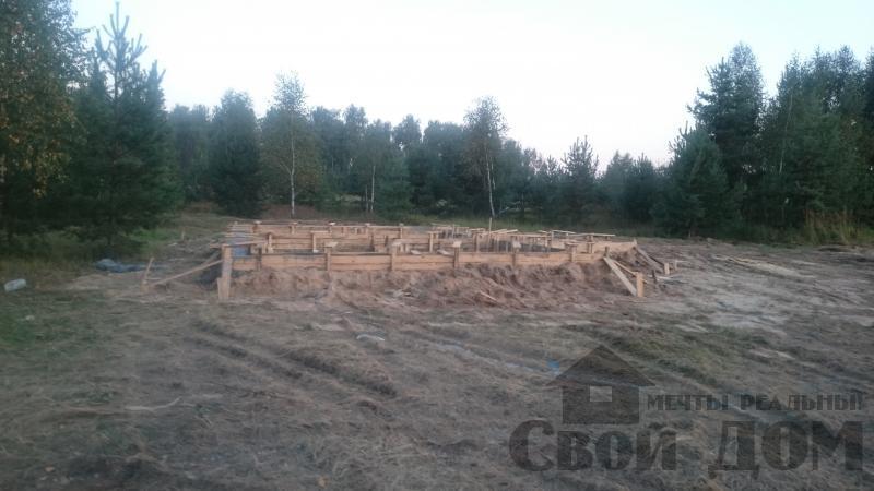 Подготовка ленточно-армированых фундаментов под дома. Фото 6