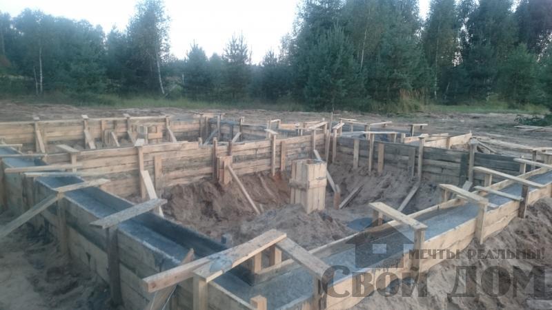 Подготовка ленточно-армированых фундаментов под дома. Фото 9