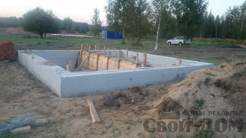 Подготовка ленточно-армированых фундаментов под дома. Фото 11