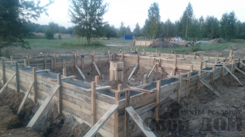 Подготовка ленточно-армированых фундаментов под дома. Фото 16