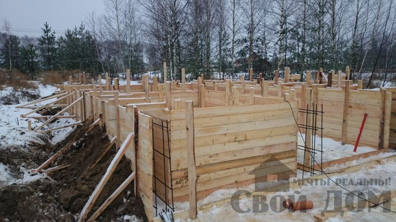Подготовка ленточно-армированых фундаментов под дома. Фото 20