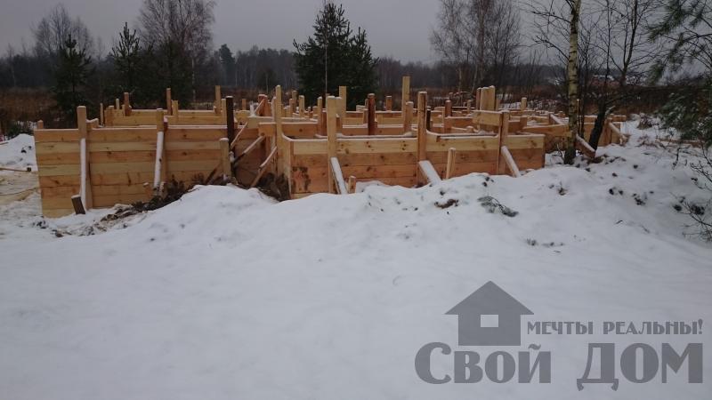 Подготовка ленточно-армированых фундаментов под дома. Фото 23