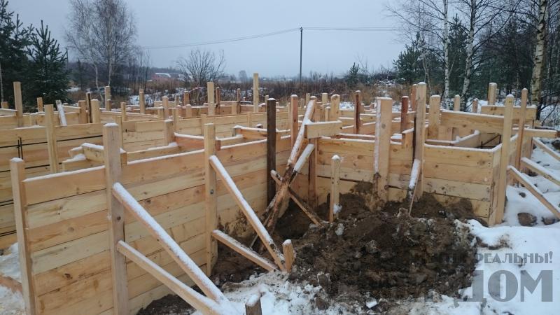 Подготовка ленточно-армированых фундаментов под дома. Фото 24