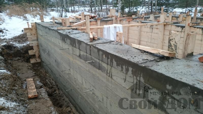 Подготовка ленточно-армированых фундаментов под дома. Фото 1
